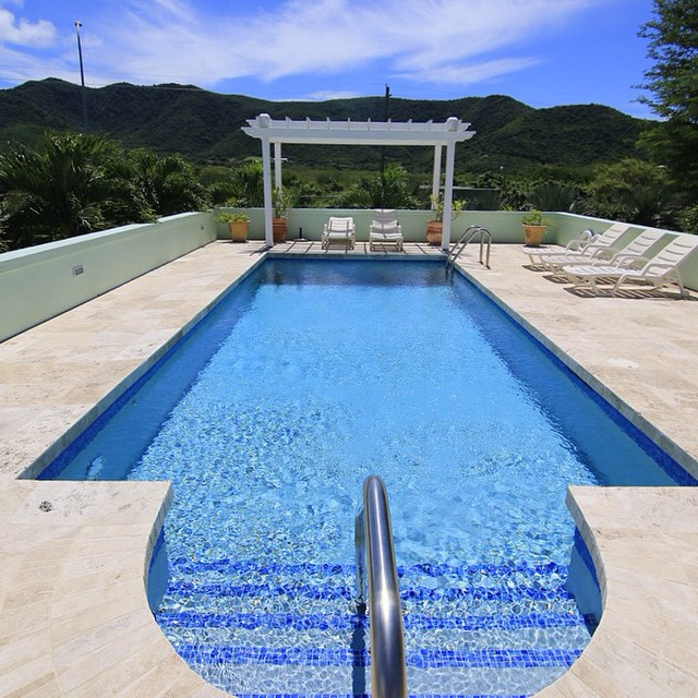 Victory Villas Antigua: swimming Pool